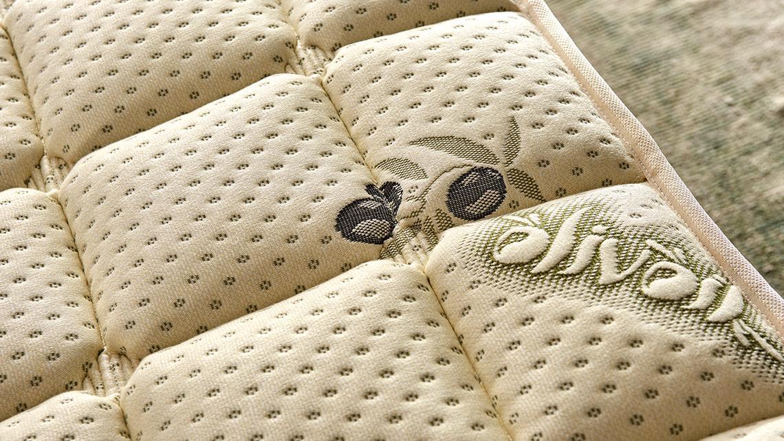 Baza de pat cu tablie si saltea Olive Homs 160×200 cm