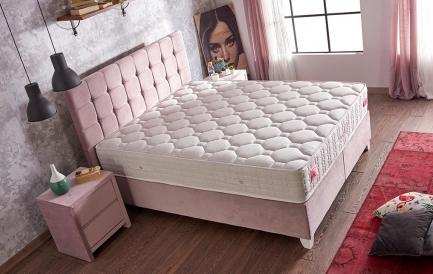 Pat tapitat- 3 modele pentru un dormitor de vis